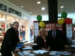 Brendan Flaherty, Managing Director, Flaherty Fuel Oils, Sinead Dooley, Chairperson Tullamore Town Council and John Cusack, Manager, Bridge Centre Shopping Centre